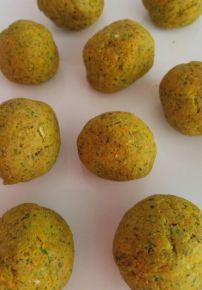 Savoury Balls 2 - Carob n sunflower